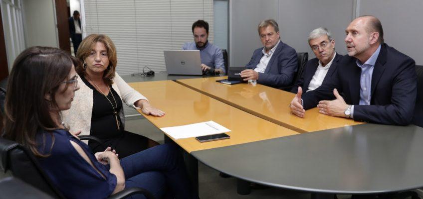 Perotti se reunió con ministros y funcionarios nacionales en Buenos Aires