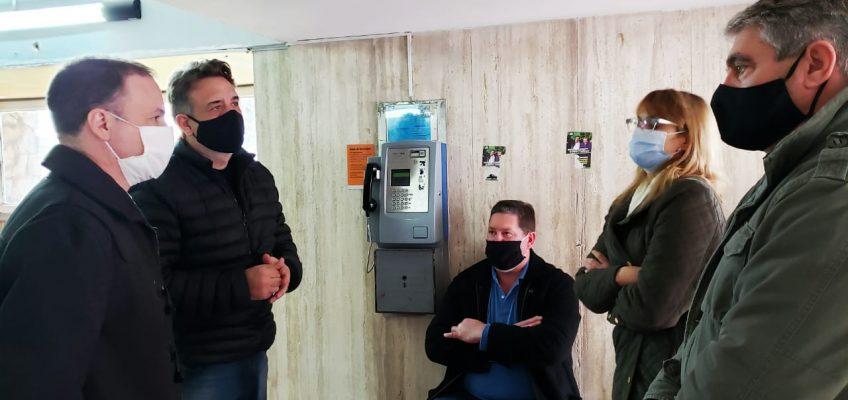 LISANDRO ENRICO SE HIZO PRESENTE EN EL HOSPITAL DE FIRMAT